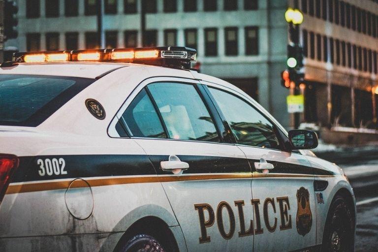 小さな子ども・認知症高齢者の行方調査は警察に相談